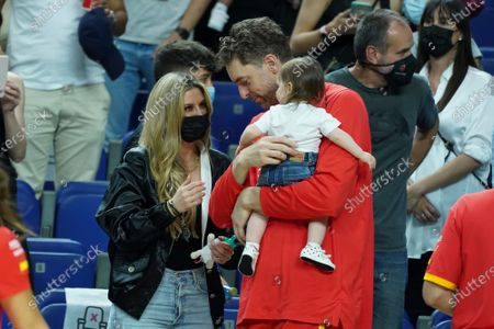 Catherine McDonnell and Pau Gasol attend the  fiendrly match between Spain and Iran to preparation to Tokyo 2021 Olympics Games on July 05, 2021 in Madrid, Spain.