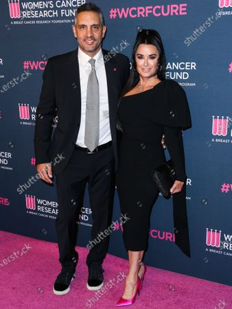 Real estate agent Mauricio Umansky and wife/actress Kyle Richards arrive at The Women's Cancer Research Fund's An Unforgettable Evening Benefit Gala 2020 held at the Beverly Wilshire, A Four Seasons Hotel on February 27, 2020 in Beverly Hills, Los Angeles, California, United States.