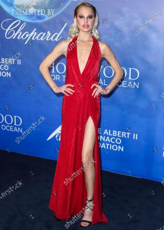 Meredith Mickelson arrives at the 2020 Hollywood For The Global Ocean Gala Honoring HSH Prince Albert II Of Monaco held at the Palazzo di Amore on February 6, 2020 in Beverly Hills, Los Angeles, California, United States.