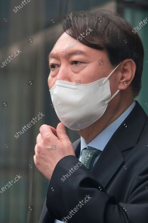 Yoon Seok-Youl : South Korean former Prosecutor General Yoon Seok-Youl, who has announced his intention to run in next year's presidential election as an opposition candidate, attends a press conference during his visit to Seoul National University in Seoul, South Korea. South Korean President Moon Jae-In selected Yoon in July 2019 to lead the national prosecution service but Yoon later clashed with president Moon government's justice ministers over a prosecution reform drive which was one of Moon's major presidential election pledges. Yoon stepped down as prosecutor general in early March 2021. Yoon is one of leading candidates for the next presidential election of South Korea.