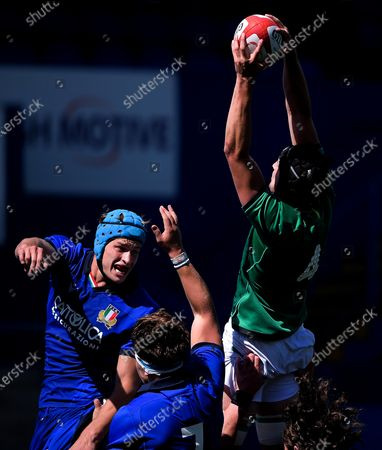 Italy vs Ireland. Ireland's Mark Morrissey competes in the air