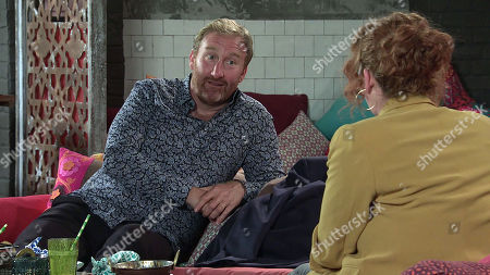 Coronation Street - Ep 10383 Wednesday 21st July 2021 - 2nd Ep Fiz Stape, as played by Jennie McAlpine, meets up with Phill, as played by Jamie Kenna, in Speed Daal and they instantly hit it off. Tyrone Dobbs calls in for a takeaway and is put out to see Fiz enjoying a date with Phill.