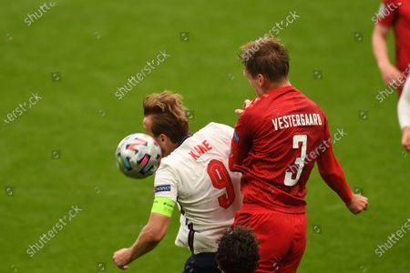 "Harry Kane (England)Jannik Vestergaard (Denmark)                     during the Uefa  ""European Championship 2020 Semifinals  match between England 2-1 Denmark at Wembley Stadium in London, England."