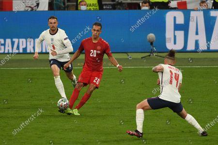 "Jordan Henderson (England)Yussuf Poulsen (Denmark)Kalvin Phillips (England)     during the Uefa  ""European Championship 2020 Semifinals  match between England 2-1 Denmark at Wembley Stadium in London, England."