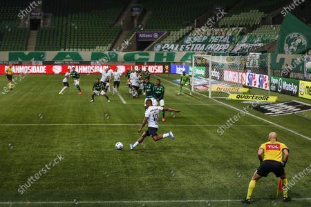 Stock Image of Douglas Costa during the Brazilian National League (Campeonato Brasileiro Serie A) football match between Palmeiras v Gremio at the Allianz Parque stadium formerly known as Palestra Italia, in Sao Paulo, SP.