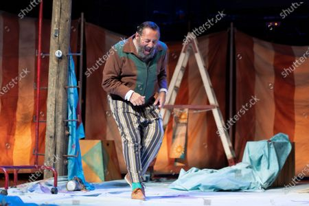 Stock Image of The actor Pepon Nieto during the performance of ANFITRION at the Teatro de la Latina in Madrid on July 8, 2021 Spain