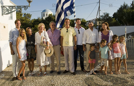 Crown Prince Pavlos, Princess Maria-Olympia of Greece, Crown Princess Marie-Chantal, Queen Anne-Marie, King Constantine, Prince Nikolaos, Prince Philippos, Carlos Morales Quintana and Princess Alexia with children Amelia, Carlos, Arrietta, Ana María