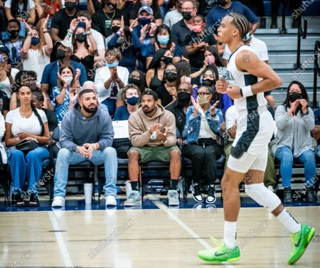 Drake and reported new girlfriend Johanna Leia mother of Amari Bailey and Michael B. Jordan, spotted at Sierra Canyon Trailblazers v Etiwanda Eagle, CIF State Open Division Regional Semifinal, Basketball, Los Angeles, California, USA
