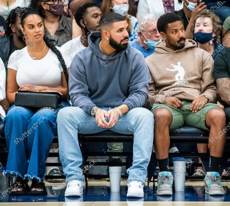 Stock Image of Drake and reported new girlfriend Johanna Leia mother of Amari Bailey and Michael B. Jordan spotted at Sierra Canyon Trailblazers v Etiwanda Eagle, CIF State Open Division Regional Semifinal, Basketball, Los Angeles, California, USA