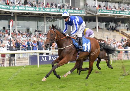 WINTER POWER with David Allan wins John Smith's City Wall Stakes at York