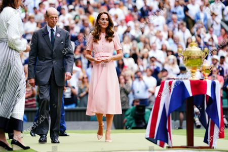 The Duke of Kent and Catherine Duchess of Cambridge prepare for the presentation ceremony on Centre Court