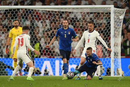 "Mason Mount (England)Giorgio Chiellini (Italy)Jordan Henderson (England)Marco Verratti (Italy)                     during the Uefa  ""European Championship 2020 Finals match between  Italy 4-3 England  at Wembley Stadium in London, England."