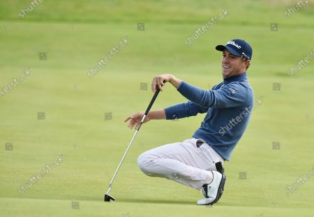 Justin Thomas misses a putt on the 11th green