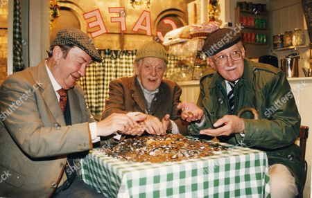 Television Programmes 'last Of The Summer Wine'. Pictured Are L To R Peter Sallis Bill Owen And Brian Wilde