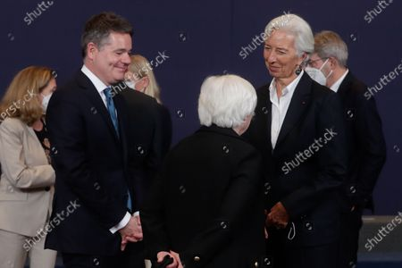 United States Secretary of the Treasury Janet Yellen (C), Eurogroup president Paschal Donohoe (L) and President of European Central Bank (ECB) Christine Lagarde during a family picture at the end of a meeting of Eurogroup Finance Ministers, at the European Council in Brussels, Belgium, 12 July 2021.