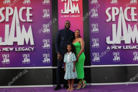 LeBron James, Savannah Brinson, Zhuri James