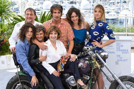Patrick D'Assumcao, Director Maxime Roy, Clara Ponsot and Clotilde Courau, Romeo Creton, Francois Creton and Ariane Ascaride