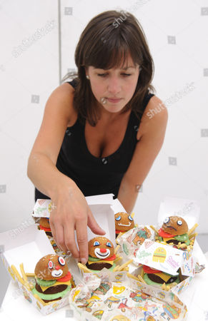 Jon Burgerman and Crumbs and Doilies Untitled