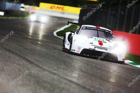 AUTODROMO NAZIONALE MONZA, ITALY - JULY 16: #92 Porsche GT Team Porsche 911 RSR - 19: Kevin Estre, Neel Jani at Autodromo Nazionale Monza on Friday July 16, 2021 in Monza, Italy. (Photo by LAT Images)