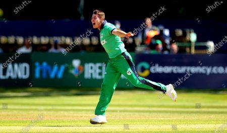 Ireland vs South Africa. Ireland's Josh Little