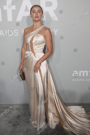 Julianne Hough attends the Cinema Against AIDS amfAR gala 2021 held at the Hotel du Cap, Eden Roc in Cap d'Antibes, France, 16 July 2021, within the scope of the 74th annual Cannes Film Festival.