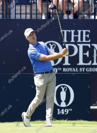 Kevin Streelman (USA) hits his driver from the first tee