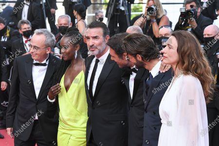 Stock Image of Fatou N'Diaye, Jean Dujardin, Nicolas Bedos, Pierre Niney and Natacha Lindinger