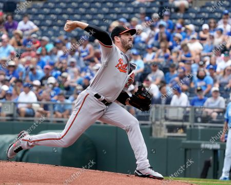Stock Image of Baltimore Orioles starting pitcher Matt Harvey (32) delivers a pitch in the first inning at Kauffman Stadium in Kansas City, MO. Orioles defeated the Royals 5-0