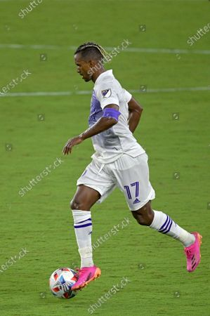 Orlando City forward Nani (17) controls a ball during the second half of an MLS soccer match against Toronto FC, in Orlando, Fla