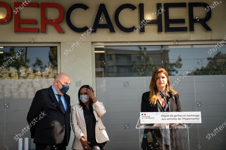 Stock Photo of Marlene Schiappa and Pnina Tamano Shata, Israeli Minister of Immigration and Integration, ugly a wreath of flowers in front of the Hyper Kosher on Tuesday in tribute to the victims of the attack.