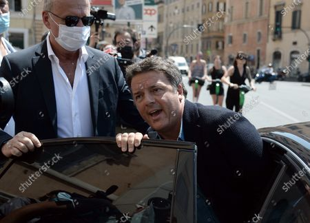 Stock Photo of Matteo Renzi signs for the referendum on Justice at the Radicals' banquet in Largo Argentina
