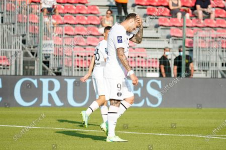Mauro Icardi of PSG rues a missed chance