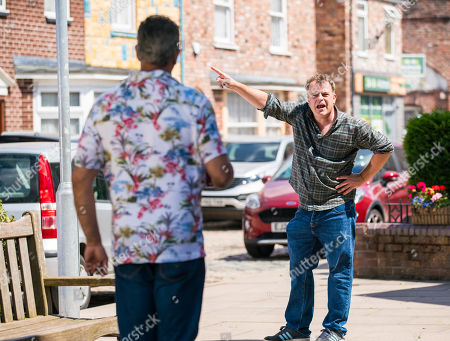 Coronation Street - Ep 10397 Friday 6th August 2021 - 2nd Ep Tracy and Dev Alahan, as played by Jimmi Harkishin, collude to keep the secret of Aadi Alahan and Amy's relationship from Steve McDonald, as played by Simon Gregson, . But when Steve finds a text from Dev to Tracy he gets the wrong end of the stick about the pair, forcing Tracy to tell him about Amy and Aadi. Aadi, Summer Spellman and Amy round the corner to see Steve launching an attack on Dev for encouraging his son to have sex with Amy.