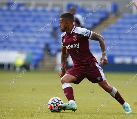 Stock Picture of West Ham United's Manuel Lanzini during Friendly between Reading and West Ham United at Select Car Leasing Stadium , Reading, UK on 21st July 2021