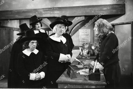 Terry Jones with the Puritans, including Wallas Eaton and Johnny Vyvyan
