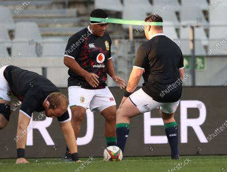 Castle Lager Lions Series First Test, Cape Town Stadium, Cape Town, South Africa 24/7/2021. South Africa vs British & Irish Lions. British & Irish Lions Mako Vunipola during the warm-up with Zander Fagerson