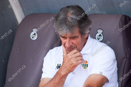 Manuel Pellegrini, head coach of Real Betis, looks on during the football friendly match played between Real Betis Balompie and Wolveshampton Wanderers FC at Municipal La Linea Stadium on July 24, 2021 in Cadiz, Spain.