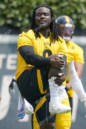 Pittsburgh Steelers linebackers Melvin Ingram III (8) during an NFL football practice, in Pittsburgh