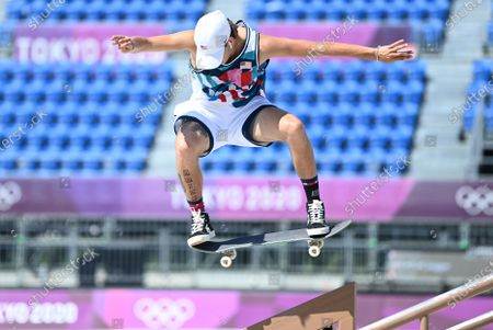 USA's Jagger Eaton competes in the men's street prelims at the 2020 Tokyo Olympics. Eaton moved on to the finals later in the afternoon. (Wally Skalij /Los Angeles Times)