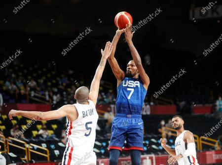 Nicolas Batum of France and Kevin Durant of USA