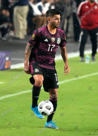Mexico defenseman Jesus Corona (17) against Honduras during the first half of a CONCACAF Gold Cup soccer match, in Glendale, Ariz