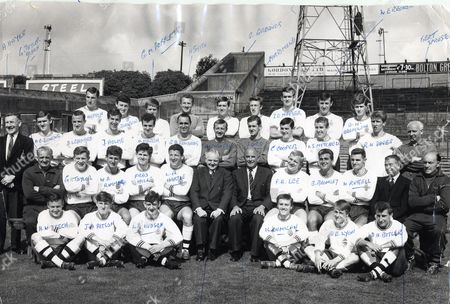 Football Club Groups Bolton Wanderers Fc. Season 1965/66. Back Row: Dave Hatton J Johnson Geoff Roberts Alex Smith Roy Greaves Syd Farrimond Robert Napier W Eric Redrobe Geoff Bromilow. Third Row: A Hayes (club Official) A E Jenkins David Lennard John Hulme Arthur Marsh Bryan Edwards Eddie Hopkinson Albert Lord Charles Cooper I S Mitchell Wyn Davis Bert Sproston (trainer). Second Row: G Taylor (coach) Gordon Taylor Warwick Rimmer Fred Hill L Roy Hartle ? ? Francis Lee Brian Bromley William Russell ? ?. Front Row: Harry Beech John Ritson L R Hudson K Dumican David Lyon Dennis Butler. Original Library Print In Packet: Football - Club Groups - Bolton Wanderers