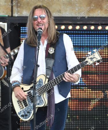 Stock Image of Ricky Phillips of Styx preforms
