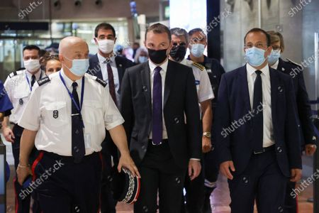 Visit of (C) Olivier Dussopt (Minister Delegate for Public Accounts), (D) Anthony Borre (first deputy of Christian Estrosi in charge of security), to attend a control operation carried out by customs officials on non-Community flights upon arrival in France, Nice-Côte d'Azur Airport
