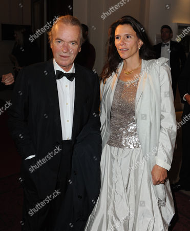Martin Amis and Wife