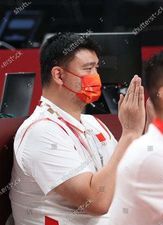 (210727) - TOKYO, July 27, 2021 (Xinhua) - Yao Ming, team leader of Chinese women's basketball team, watches the women's preliminary round Group C match of basketball between China and Puerto Rico at Tokyo 2020 Olympic Games in Saitama, Japan, July 27, 2021.