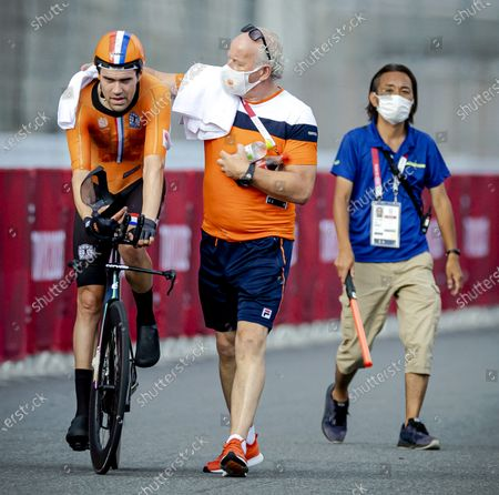 Tom Dumoulin in action during the individual road time trial at Fuji International Speedway during the Tokyo Olympics.