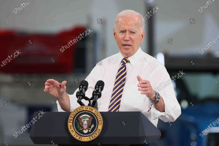 President Biden visits Mack Lehigh Valley Operations