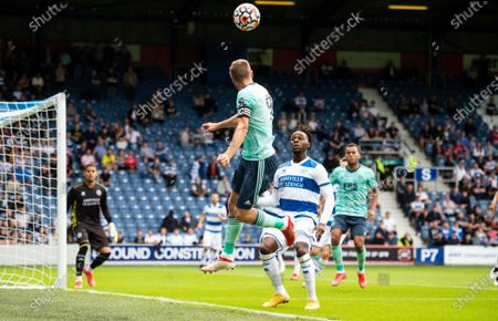 Jamie Vardy of Leicester City heads