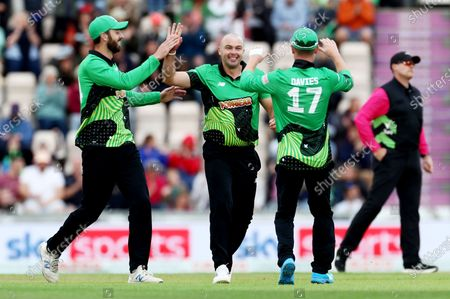 Jake Lintott of Southern Brave celebrates the wicket of Moeen Ali of Birmingham Phoenix.